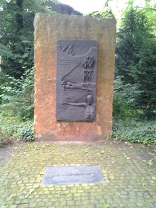 Monument in Porta Westfalica to the former laborers.